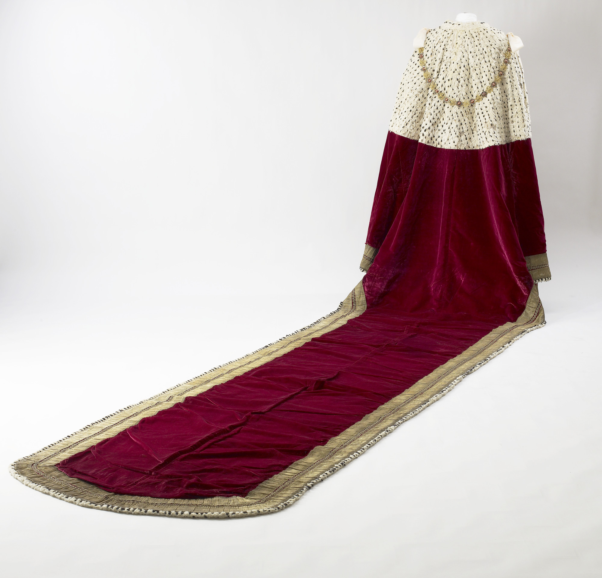Ede Ravenscroft London Coronation Robe