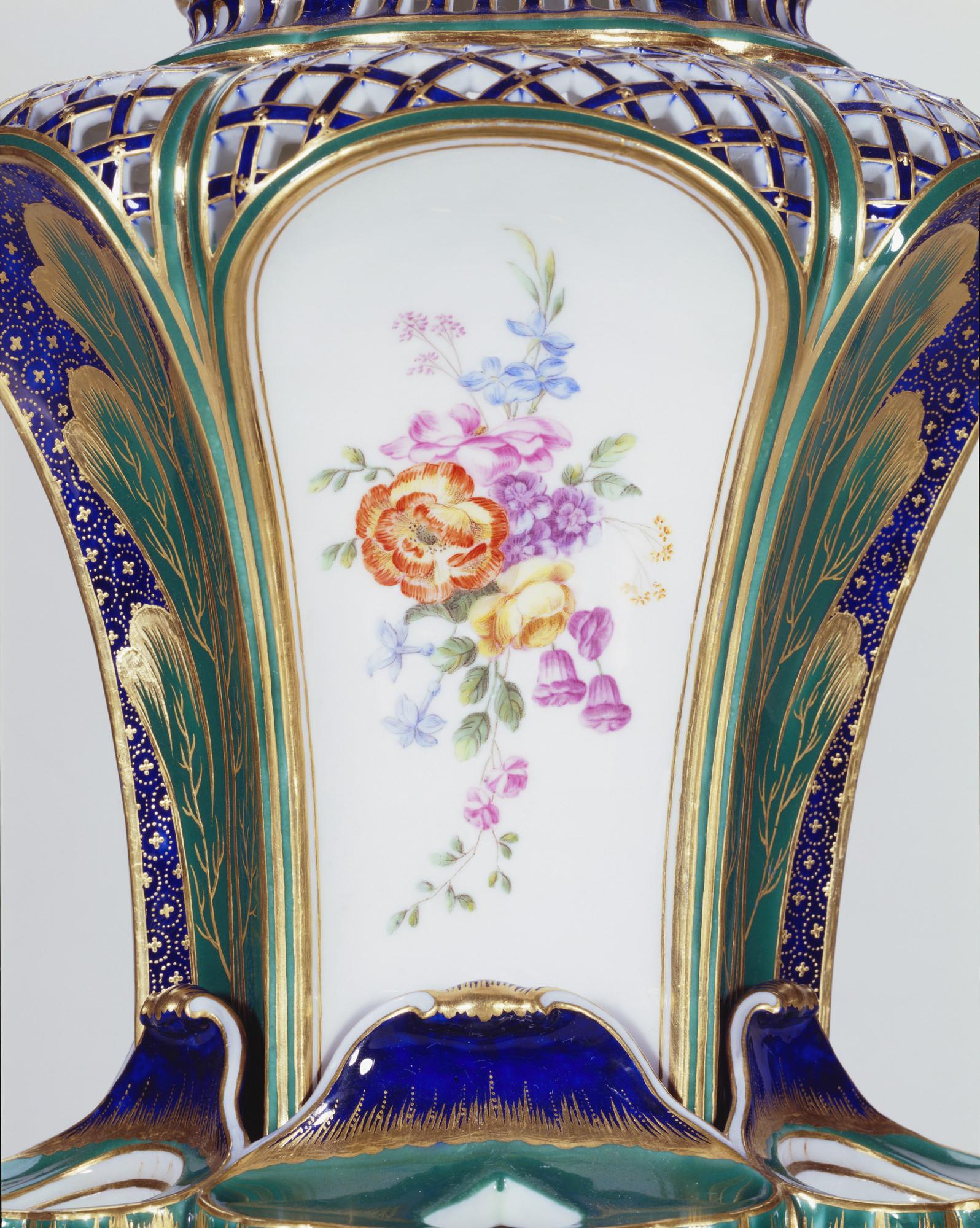 Svres porcelain factory pot pourri fontaine or pot pourri pot pourri reviewsmspy