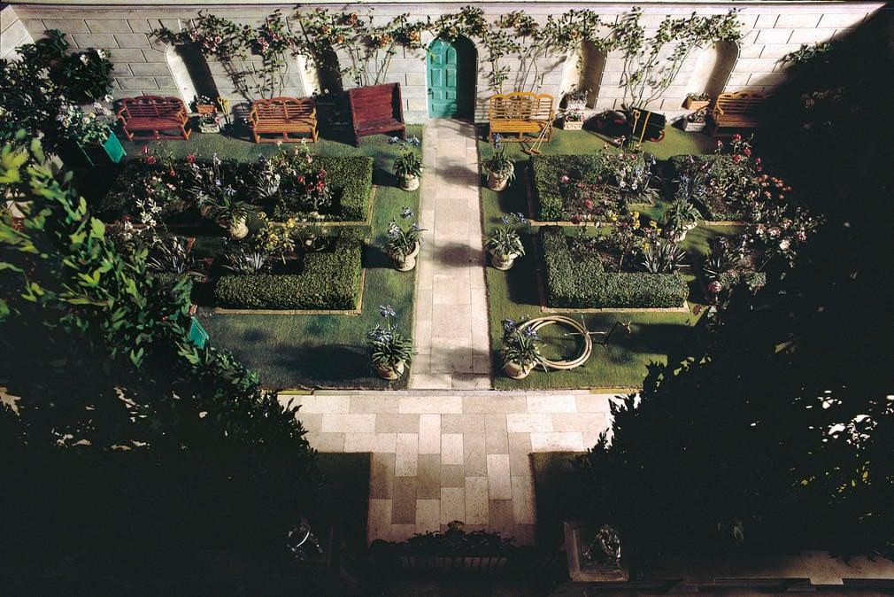Queen Mary's Dolls' House Garden