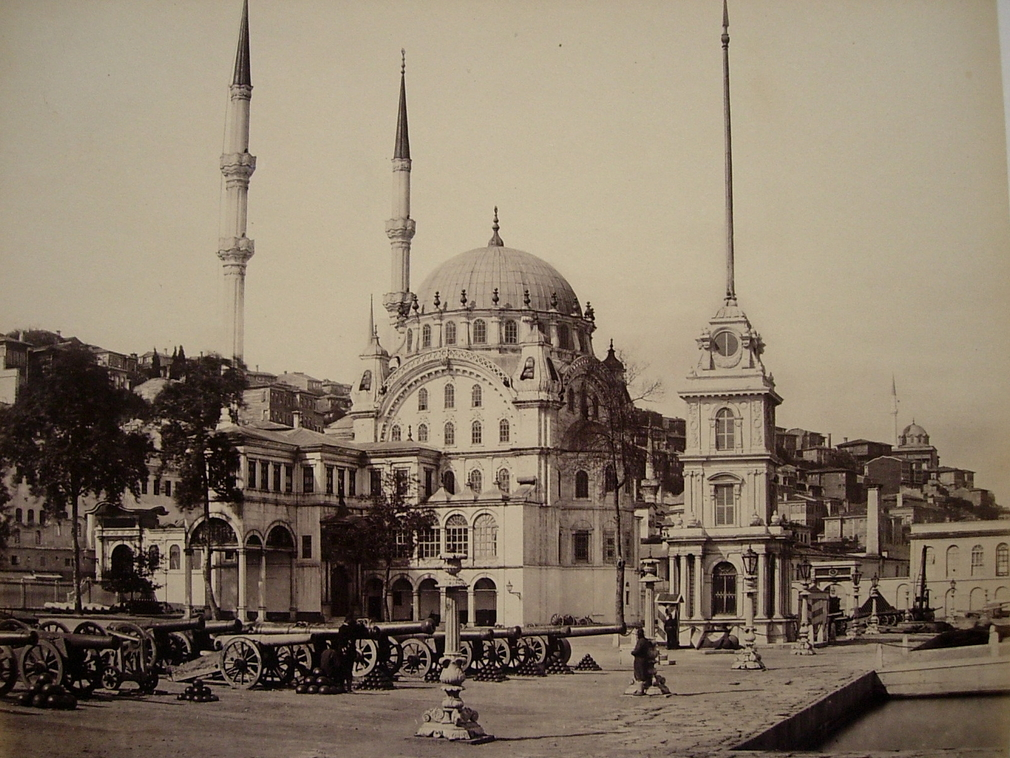 The Tophane, or more commonly, the Nusretiye Mosque, was built between 1823 and 1826 by Sultan Mahmud II (1784-1839) as part of the larger project to rebuild the arsenal and barracks that had been burned in a fire. The mosque is situated in the Beyoglu di