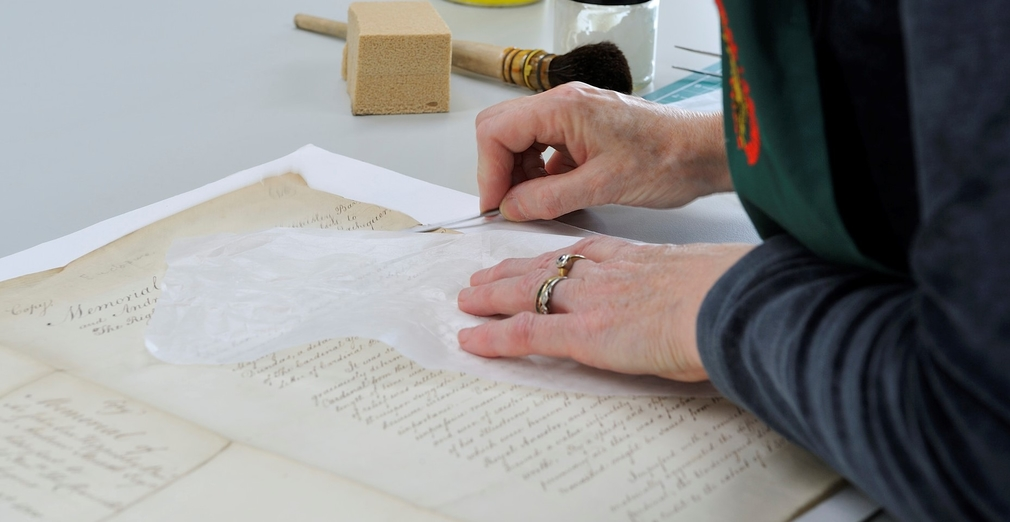 Conservation in the Royal Archives of the Georgian Papers