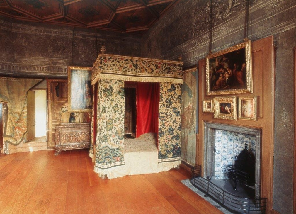 Photograph of Mary, Queen of Scots' Bedchamber
