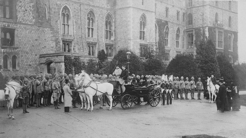 Queen Victoria inspecting 1st Life Guards at Windsor Castle - 1900
