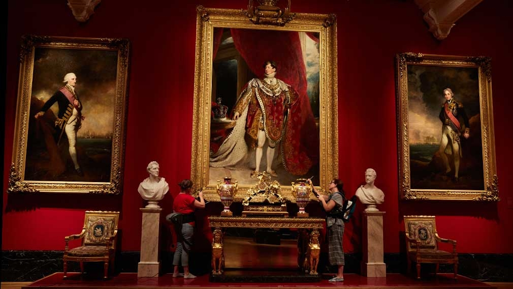 Dusting George IV's Coronation portrait
