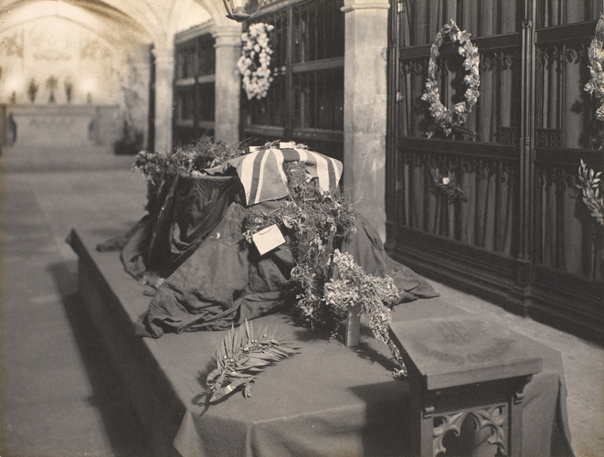 Coffin of King Edward VII (1841-1910) in St. George's Chapel, Windsor