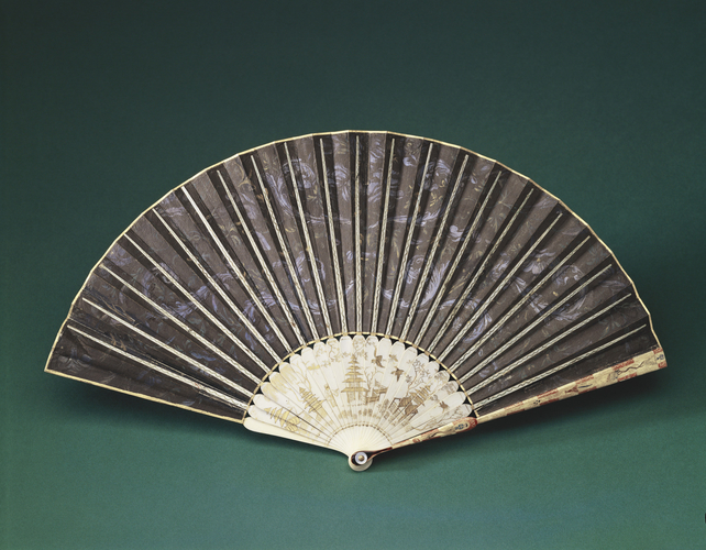 Fan depicting 'Blind Man's Buff'