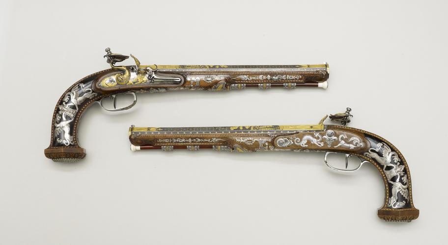 Master: Pair of Pistols