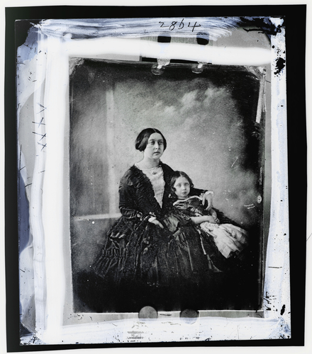 Glass negative of a daguerreotype of Queen Victoria and the Princess Royal
