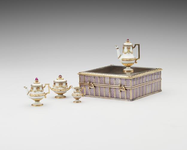 Miniature tea service