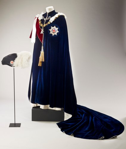 Master: Order of the Garter. Robe and cap