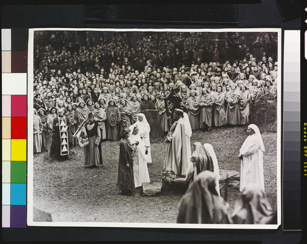Princess Elizabeth is invested as Honorary Ovate of the Gorsedd of the Bards of Wales at the National Eisteddfod of Wales