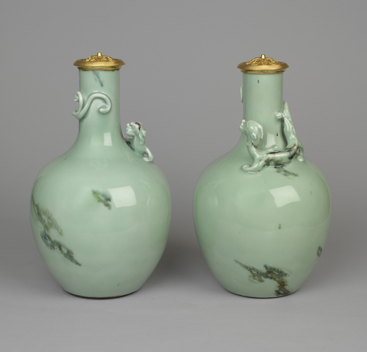 Pair of vases and covers