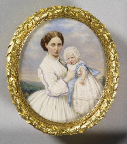 Princess Alice, Princess Louis of Hesse (1843-1878) with Princess Victoria of Hesse (1863-1950)