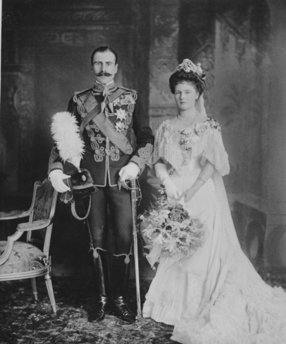 Wedding portrait of Prince Alexander of Teck and Princess Alice of Albany, Windsor Castle, 10 February 1904