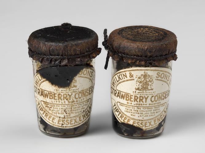 Master: Jars of assorted conserves Item: Jar of conserve