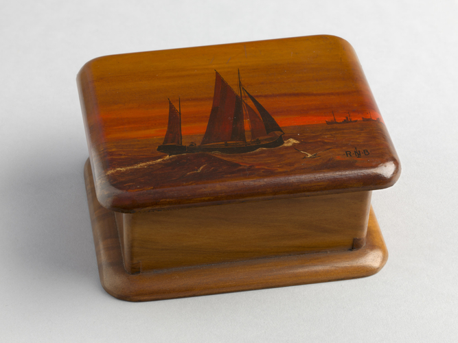 Master: Pair of trinket boxes