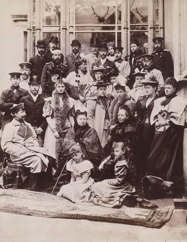 Queen Victoria and descendants, Coburg, 21 April 1894