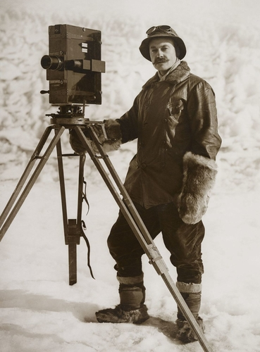 Self-portrait with cinematographic camera