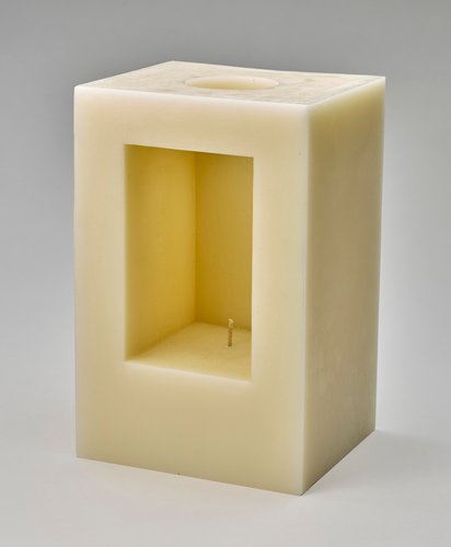 Holocaust Memorial Day candle