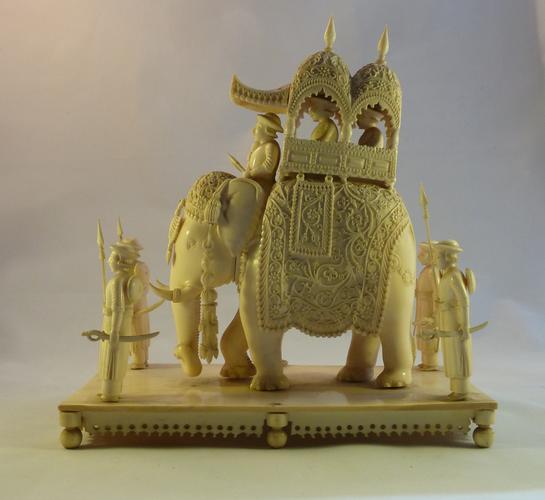 Model Elephant