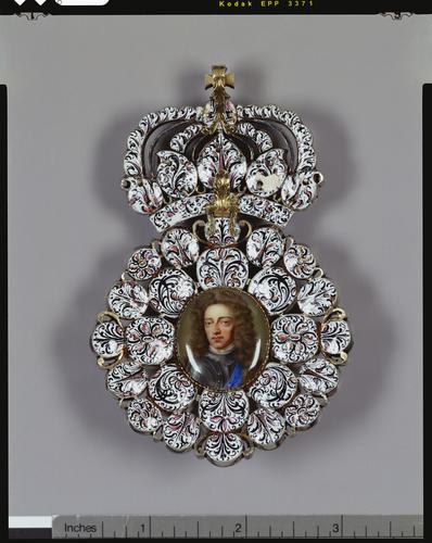 William III badge