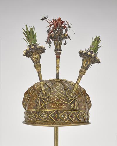 Helmet (top)