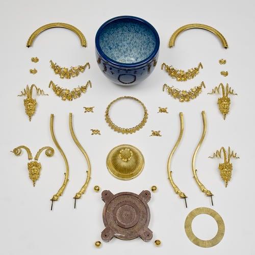 Cistern with gilt bronze mounts