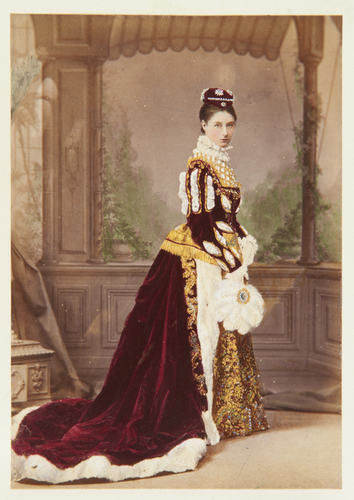 Lady Olivia Guinness (d. 1925)