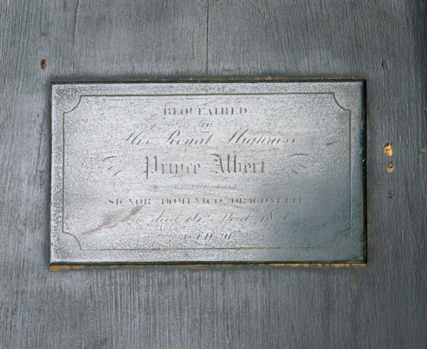 69802 plaque.tif