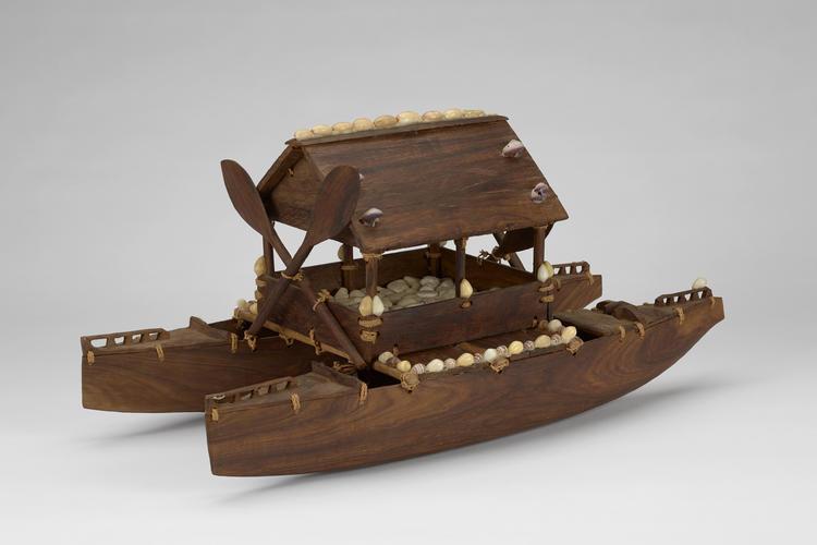 Model catamaran