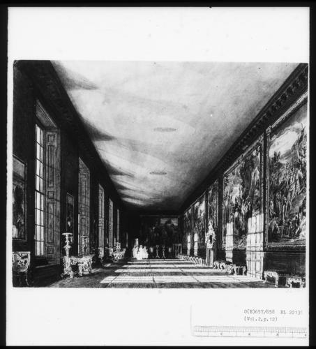Hampton Court: The Queen's Gallery (The Ballroom)