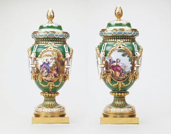 Master: A Pair of Vases and Covers (vase ferre)