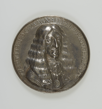 1 medal :