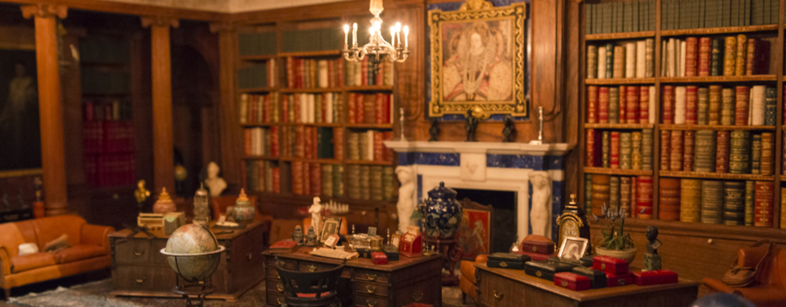 Photograph of the library within Queen Mary's Dolls' House