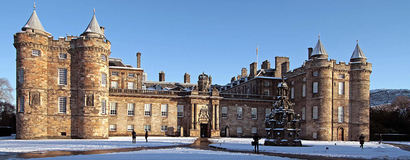 Palace of Holyroodhouse in the snow