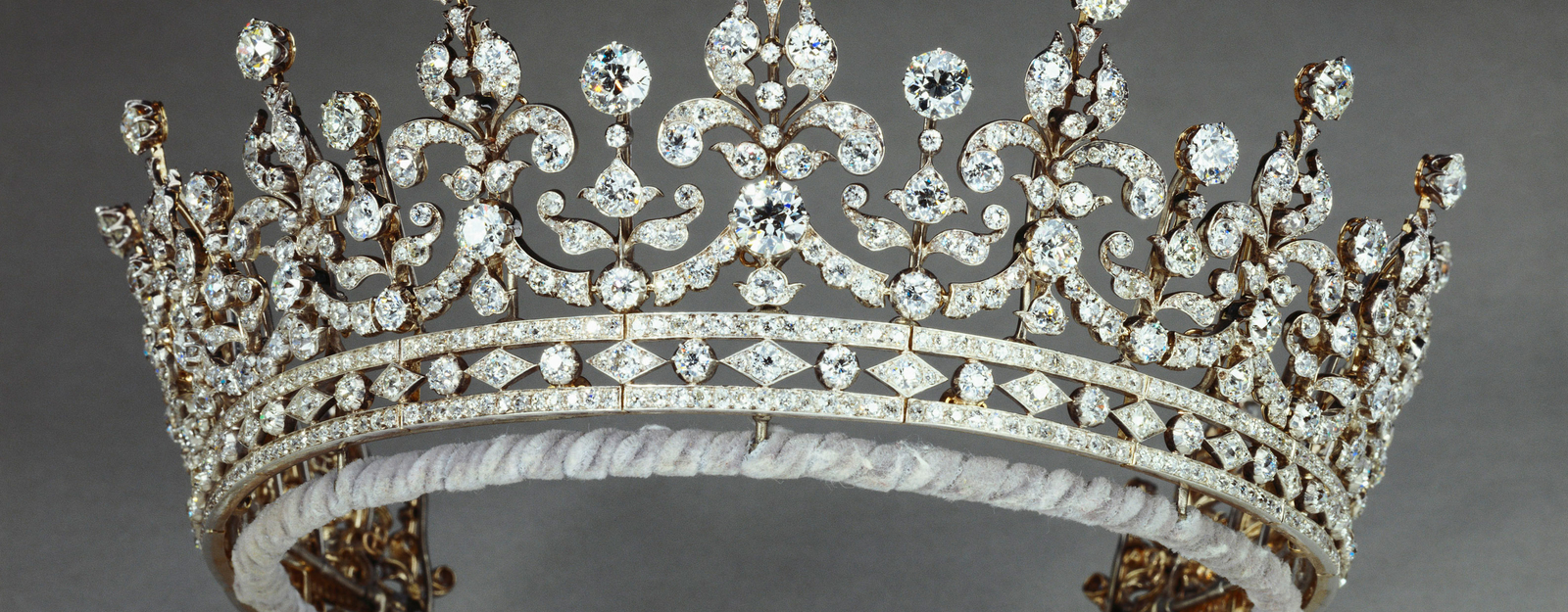 Tiara from the Diamonds: A Jubilee Celebration exhibition