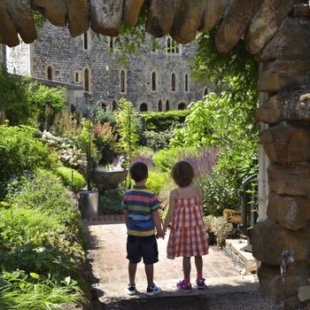 Moat Garden family