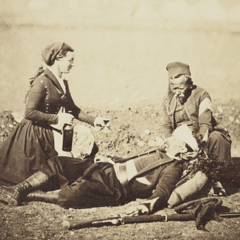 Nurse tending soldier in Crimean War